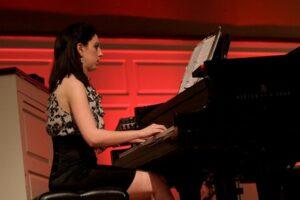 Stephanie Bailey plays piano